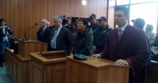 Внасят обвинителния акт стрещу жената, поръчала убийствата на роднините си заради наследство